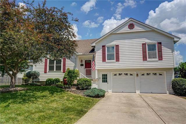 1529 NE Jade Street, Lee's Summit, MO 64086 (#2326646) :: Team Real Estate