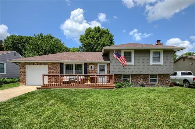 11126 W 70th Terrace, Shawnee, KS 66203 (#2326670) :: Dani Beyer Real Estate
