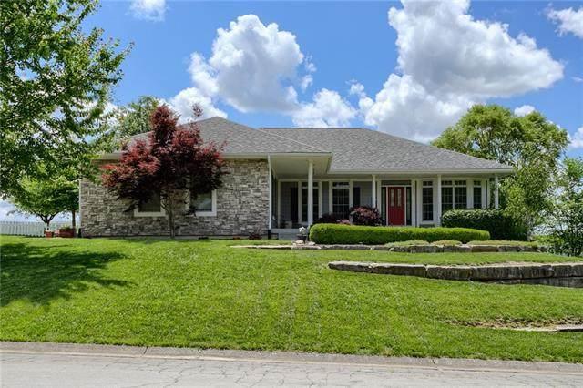 20407 Country Club Drive, Liberty, MO 64068 (#2326672) :: The Kedish Group at Keller Williams Realty