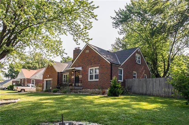 3147 N 54th Street, Kansas City, KS 66104 (#2326694) :: Ron Henderson & Associates