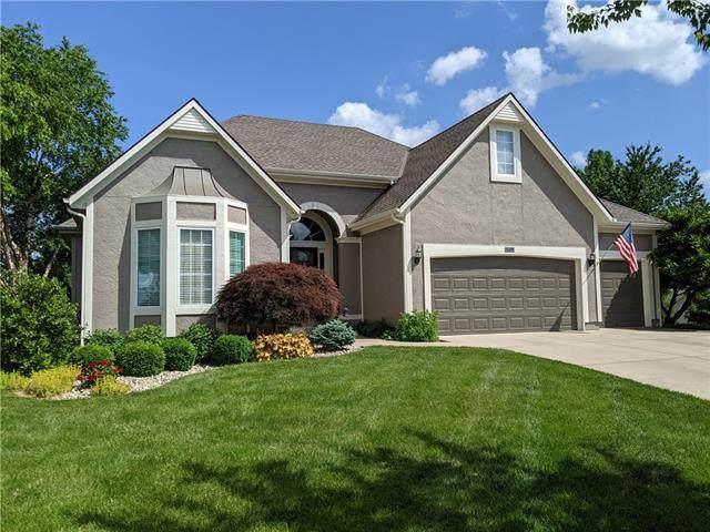 7609 W 148 Street, Overland Park, KS 66223 (#2326708) :: Ron Henderson & Associates