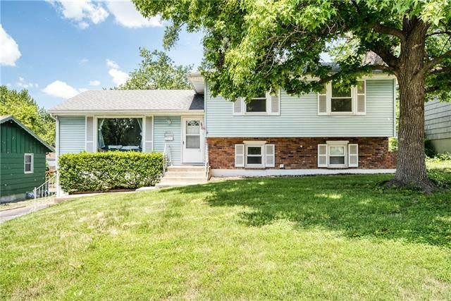 500 E 90th Terrace, Kansas City, MO 64131 (#2326741) :: Ask Cathy Marketing Group, LLC