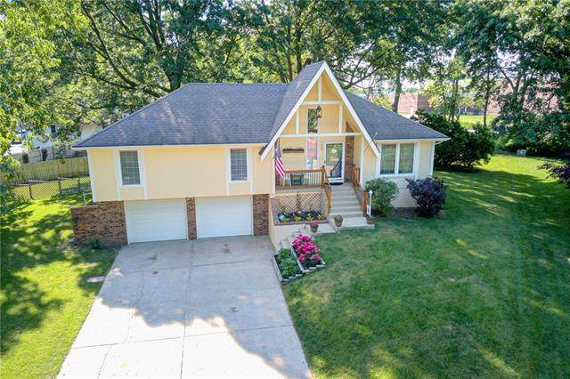 3605 SW 9th Street Court, Blue Springs, MO 64015 (#2326756) :: Ask Cathy Marketing Group, LLC