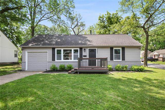 3601 NE 53rd Street, Kansas City, MO 64119 (#2326869) :: Dani Beyer Real Estate