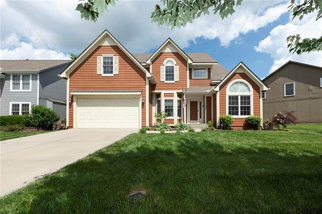 15665 S Rene Street, Olathe, KS 66062 (#2326917) :: Ron Henderson & Associates