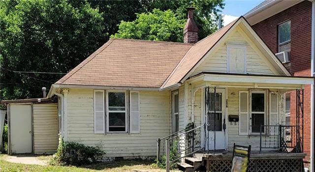 206 N 16th Street, St Joseph, MO 64501 (#2326938) :: Five-Star Homes