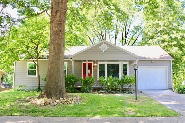 1220 Westboro Road, Liberty, MO 64086 (#2327004) :: Dani Beyer Real Estate
