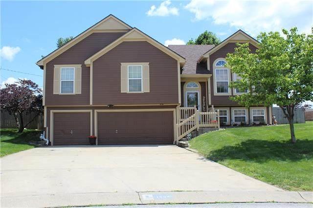 1804 E Lynchburg Court, Independence, MO 64058 (#2327020) :: Dani Beyer Real Estate