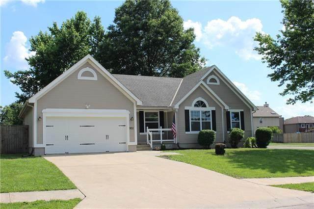 901 Minnie Avenue, Belton, MO 64012 (#2327031) :: Ron Henderson & Associates