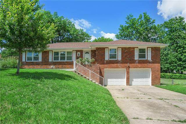15708 E 45th Place, Independence, MO 64055 (#2327102) :: Edie Waters Network