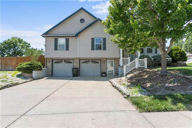 3400 Gateway Drive, Independence, MO 64057 (#2327136) :: Team Real Estate