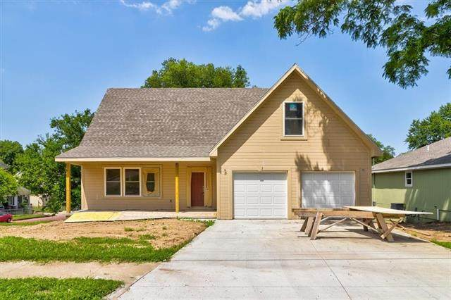 715 S 4th Street, Atchison, KS 66002 (#2327146) :: Tradition Home Group   Better Homes and Gardens Kansas City