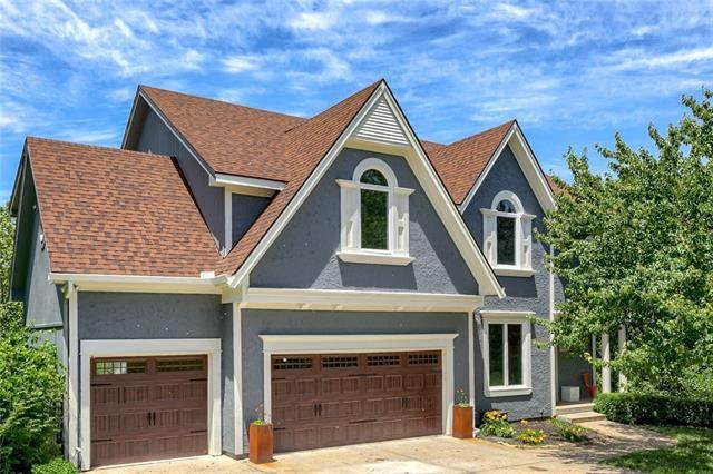 6460 NW Monticello Drive, Parkville, MO 64152 (#2327288) :: The Rucker Group