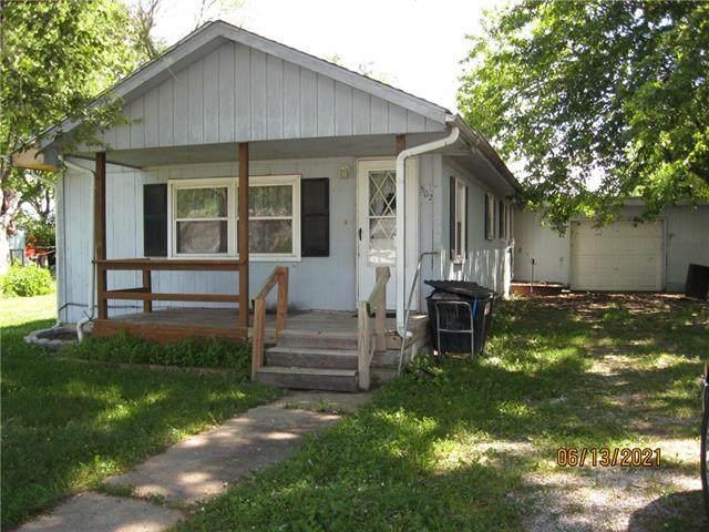 502 Main Street, Henrietta, MO 64085 (#2327500) :: The Shannon Lyon Group - ReeceNichols