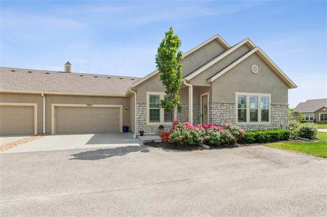 15578 S Hillside Street #3803, Olathe, KS 66062 (#2327520) :: Eric Craig Real Estate Team