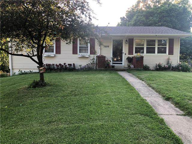 3806 S 31st Street, St Joseph, MO 64503 (#2327535) :: Tradition Home Group | Better Homes and Gardens Kansas City