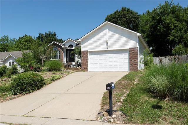 16908 E 42nd  South Terrace, Independence, MO 64055 (#2327595) :: Ask Cathy Marketing Group, LLC