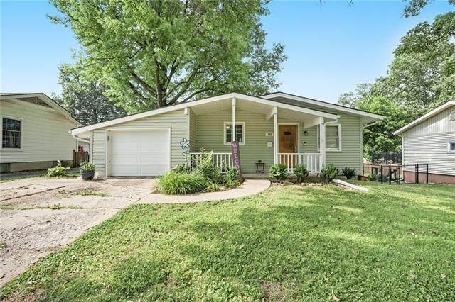 547 E Prairie Street, Olathe, KS 66061 (#2327650) :: ReeceNichols Realtors