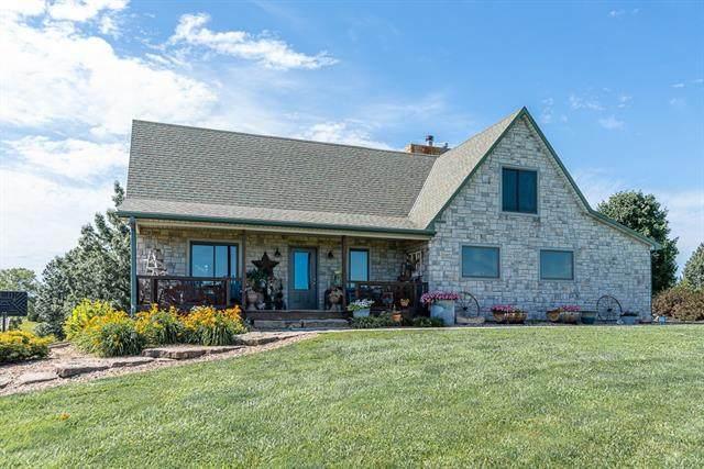 11948 Polfer Road, Kansas City, KS 66109 (#2327686) :: Eric Craig Real Estate Team