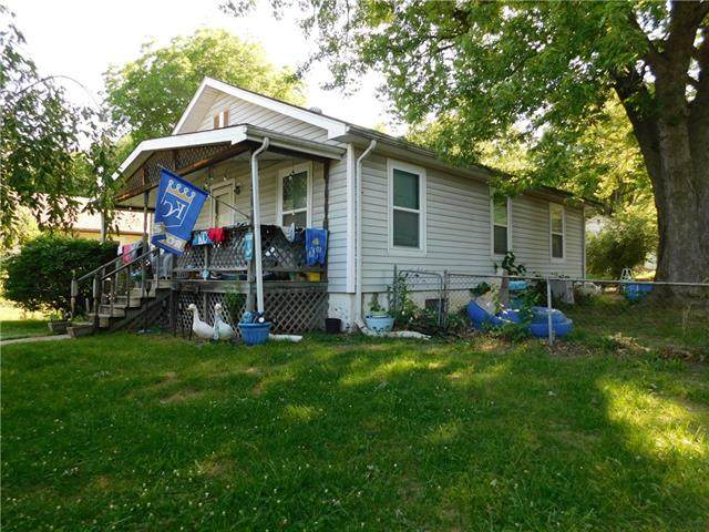 1433 S Hardy Avenue, Independence, MO 64052 (#2327690) :: The Rucker Group