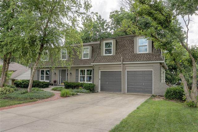 11829 Oak Street, Kansas City, MO 64114 (#2327700) :: Team Real Estate