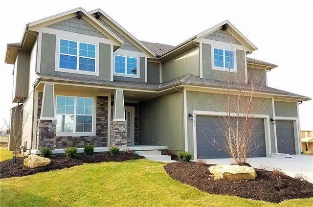 16345 S Stagecoach Street, Olathe, KS 66062 (#2327706) :: Tradition Home Group | Better Homes and Gardens Kansas City