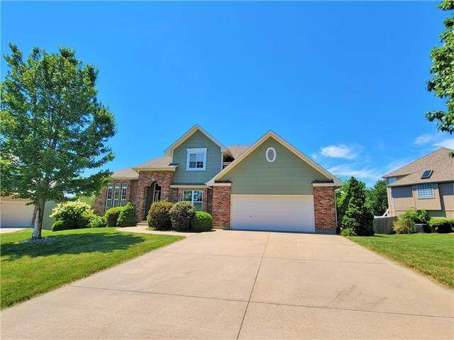 1609 Cross Creek Place, Blue Springs, MO 64015 (#2327762) :: Ask Cathy Marketing Group, LLC