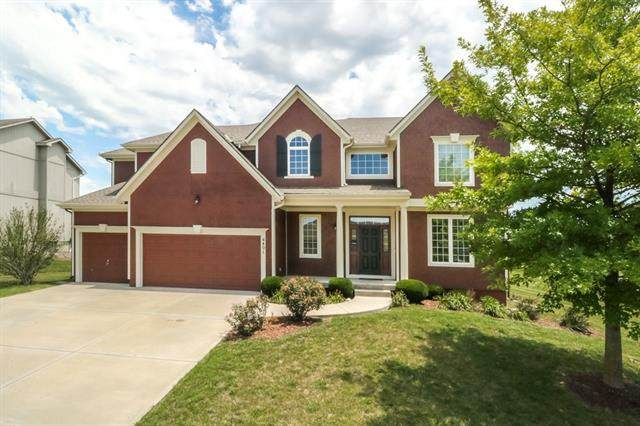 4401 N 141st Street, Basehor, KS 66007 (#2327861) :: Eric Craig Real Estate Team