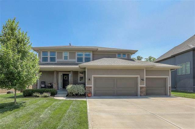 18413 W 194th Terrace, Spring Hill, KS 66083 (#2327879) :: Dani Beyer Real Estate