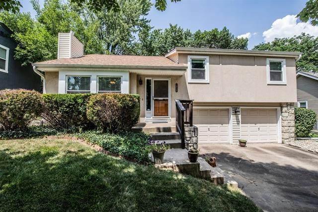 14728 W 91 Place, Lenexa, KS 66215 (#2327908) :: SEEK Real Estate