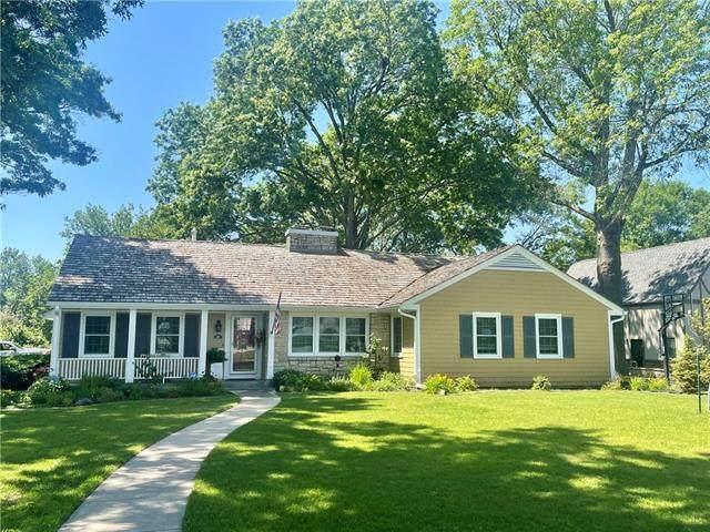 340 E 11th Street, Ottawa, KS 66067 (#2327918) :: Tradition Home Group | Better Homes and Gardens Kansas City