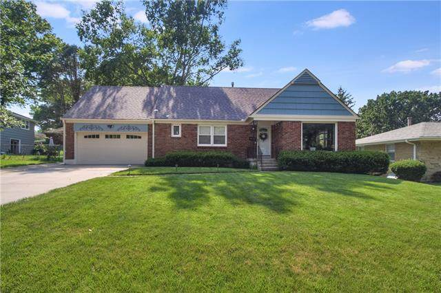 3114 S Norton Avenue, Independence, MO 64052 (#2327924) :: Ask Cathy Marketing Group, LLC