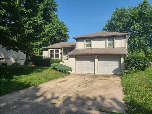 12719 S Sycamore Street, Olathe, KS 66062 (#2327963) :: Audra Heller and Associates