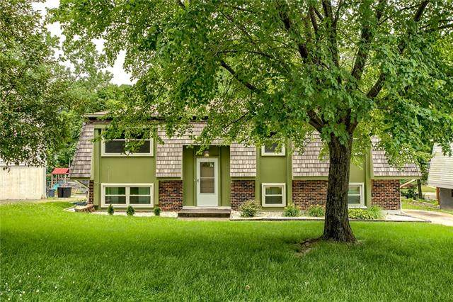 5003 NW Woody Creek Road, Other, MO 64152 (#2327967) :: Ask Cathy Marketing Group, LLC