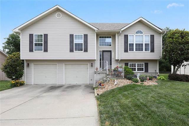10305 NW 86 Terrace, Kansas City, MO 64153 (#2327977) :: Ask Cathy Marketing Group, LLC