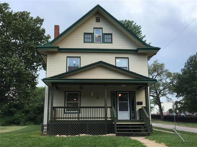 4130 Eaton Street, Kansas City, KS 66103 (#2327979) :: The Rucker Group