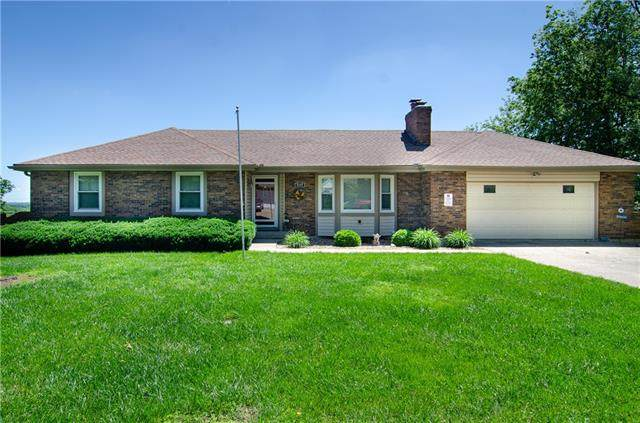 7117 Lundeen Drive, Country Club, MO 64505 (#2327980) :: The Rucker Group