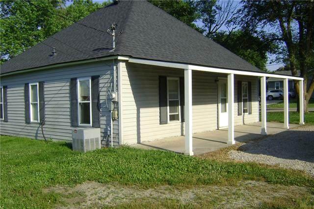 90 Delaware Street, Winchester, KS 66097 (#2327989) :: Austin Home Team