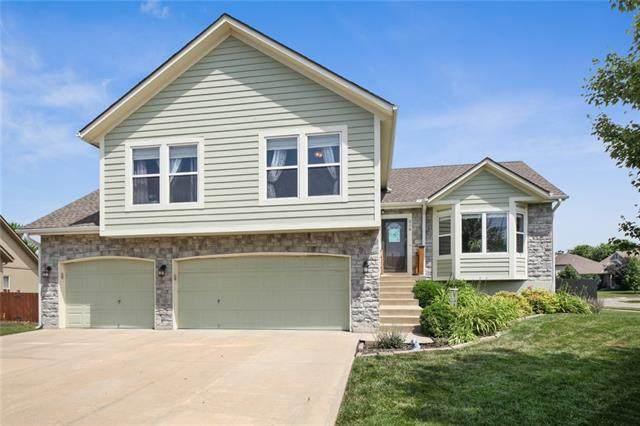 210 Cherry Hills Circle, Gardner, KS 66030 (#2327999) :: Tradition Home Group   Better Homes and Gardens Kansas City