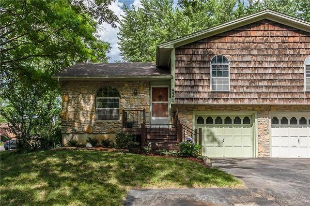 521 S Cardinal Drive, Olathe, KS 66062 (#2328033) :: Team Real Estate