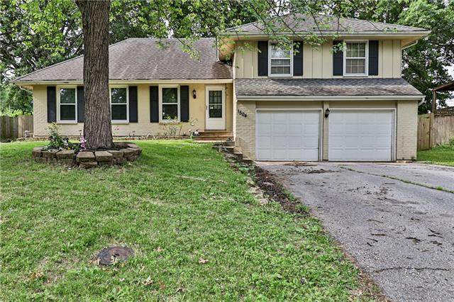 1504 SW Morningside Drive, Blue Springs, MO 64015 (#2328120) :: Ask Cathy Marketing Group, LLC