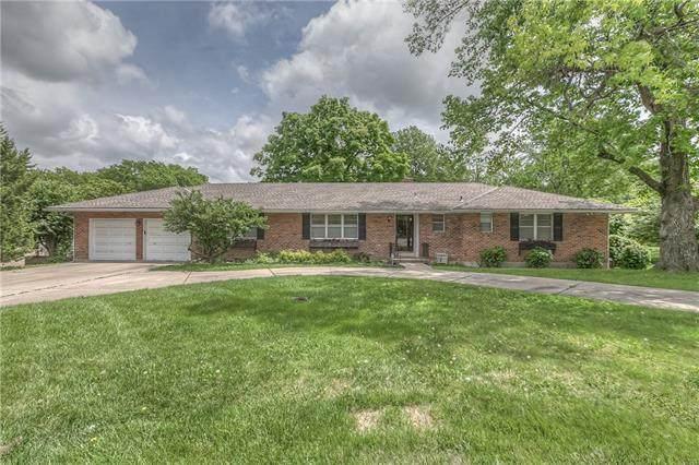 9009 Mission Road, Leawood, KS 66206 (#2328169) :: Eric Craig Real Estate Team