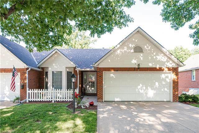 2121 Berkshire Drive, St Joseph, MO 64506 (#2328181) :: Tradition Home Group   Better Homes and Gardens Kansas City