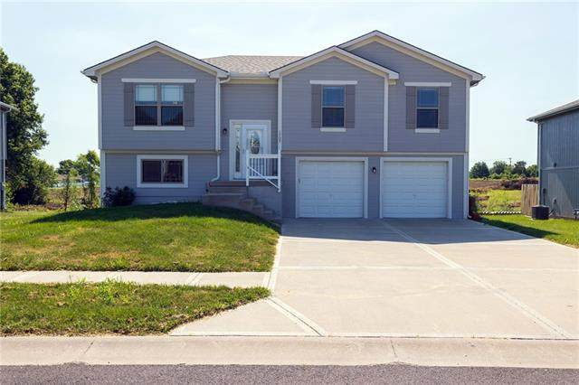 1705 Bay Avenue, Independence, MO 64058 (#2328201) :: Tradition Home Group | Better Homes and Gardens Kansas City