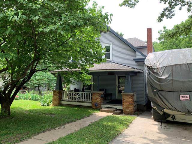 1408 S Willow Avenue, Independence, MO 64052 (#2328241) :: Tradition Home Group | Compass Realty Group