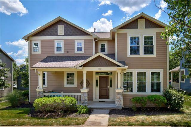 4512 W 161ST Place, Overland Park, KS 66085 (#2328242) :: Edie Waters Network