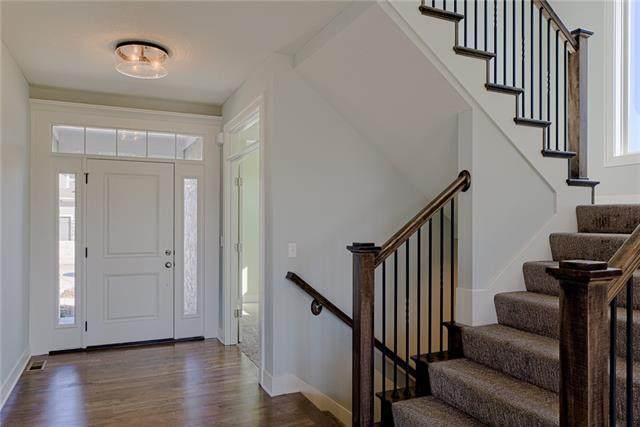 2405 W 180th Street, Overland Park, KS 66085 (#2328304) :: Audra Heller and Associates