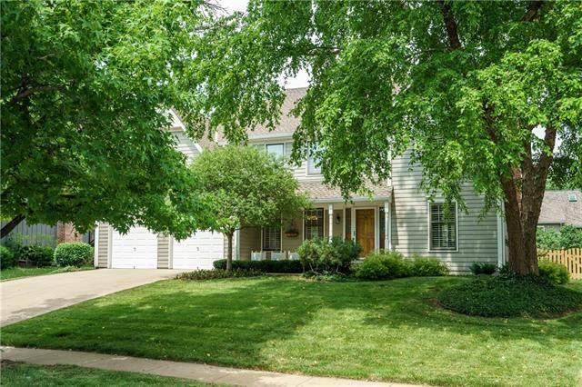 10511 Reeder Street, Overland Park, KS 66214 (#2328334) :: ReeceNichols Realtors