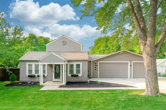 8134 W 78TH Street, Overland Park, KS 66204 (#2328376) :: Eric Craig Real Estate Team