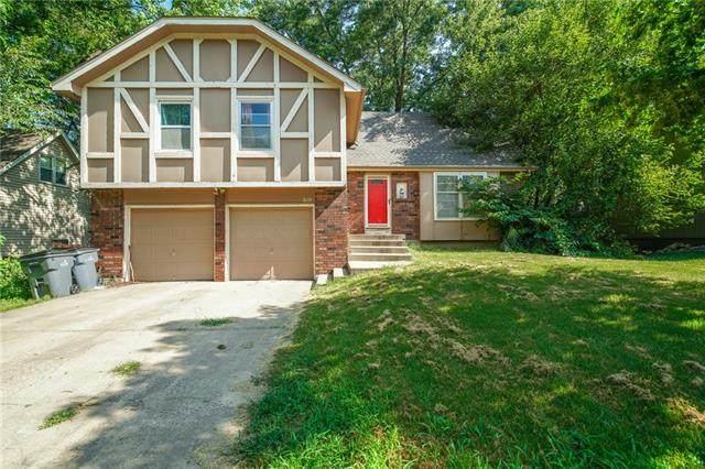 810 E Northview Street, Olathe, KS 66061 (#2328380) :: SEEK Real Estate